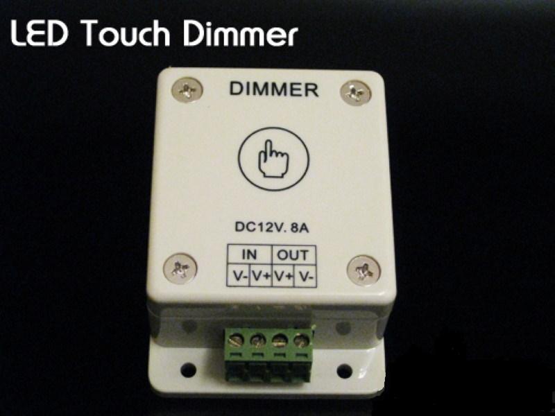 LED Touch Dimmer 8A / 96W für alle 12-24 Volt LED-Leuchten / SMD Streifen