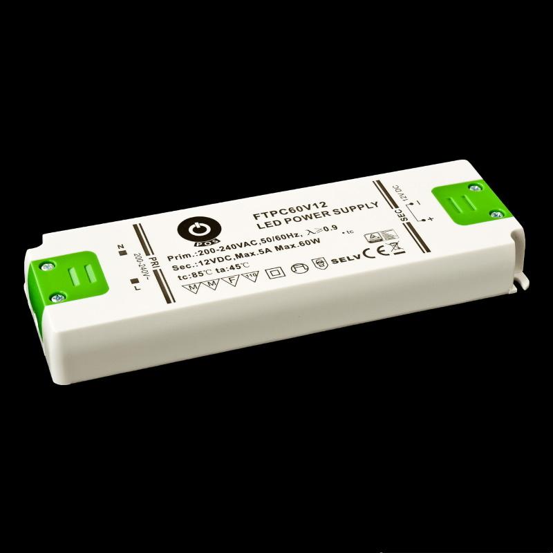 Slim Line LED Netzteil / Trafo mit PFC 24V/DC - 60W - 2,5A (FTPC60V24-E) MM