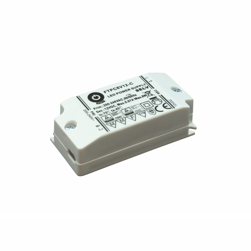 LED Trafo 12V 8W 0,67A MM PFC DC Schaltnetzteil Slim Line (FTPC8V12-C) Netzteil