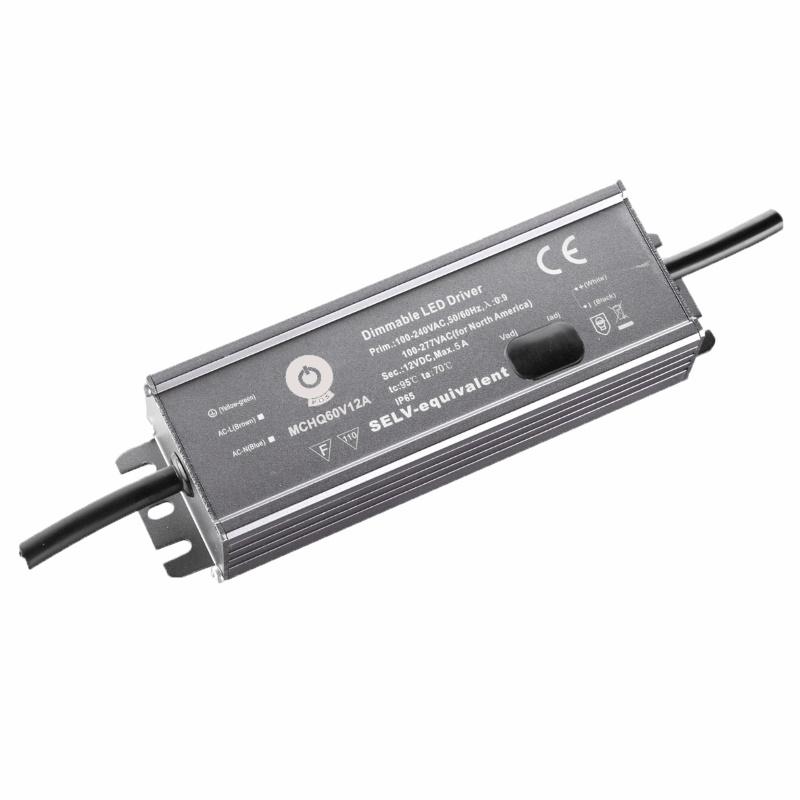 LED Trafo / Netzteil justierbar mit PFC 24V 60W 2,5A (MCHQ60V24A-SC) MM IP67