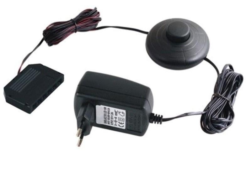 LED Trafo 16W + Fussdruckschalter + 6er Verteiler MINI-Buchsen für MINI-Stecker